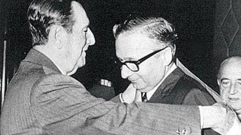 Licio Gelli tenía 96 años. Fue condecorado por Juan Perón.