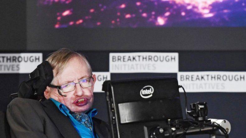 Hawking planea encontrar vida extraterrestre en la próxima década.