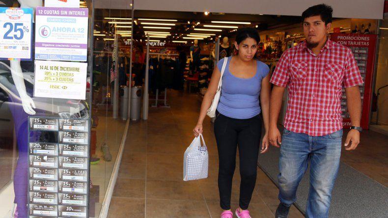 Los comerciantes se mostraron preocupados por el crecimiento de las ventas ambulantes.