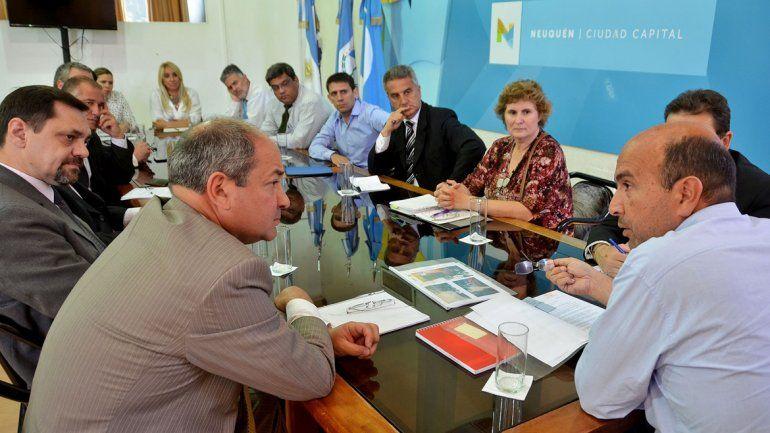 Bermúdez se reunió con los gerentes de 12 sucursales bancarias neuquinas.