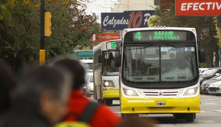 Nación analiza una tarifa plana única para el transporte