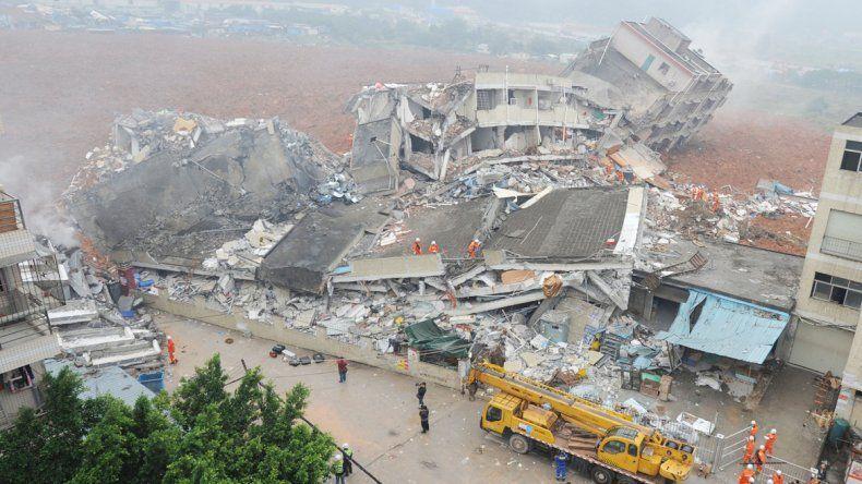 El masivo derrumbe en Shenzhen dejó un panorama desolador.