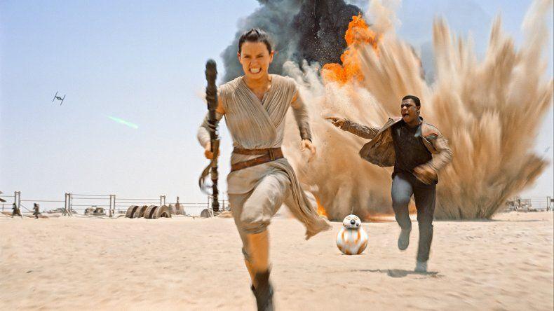 Rey (Daisy Ridley) es una de las nuevas figuras que incorporó la saga.