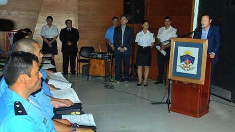 El gobernador participó del acto de egreso de cien técnicos en Seguridad