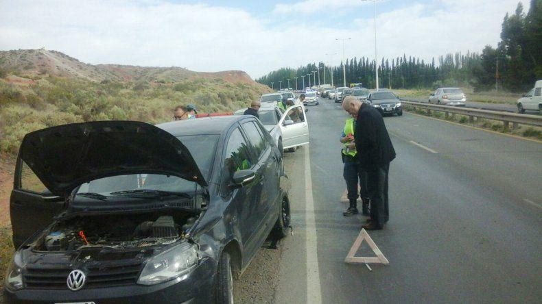 Los cuatro vehículos chocados quedaron en la banquina de la Ruta 7.