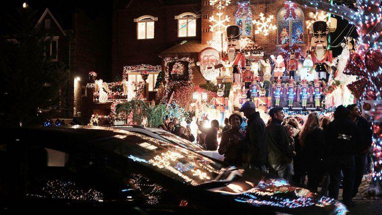 Sólo en luces navideñas
