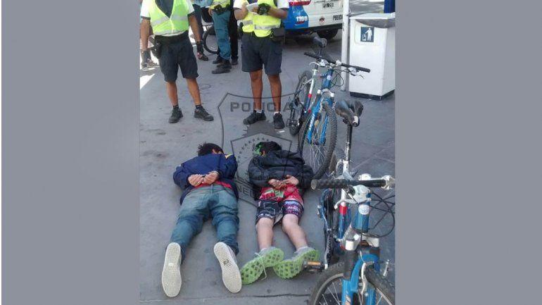 Atraparon a dos ladrones que habían asaltado a un joven