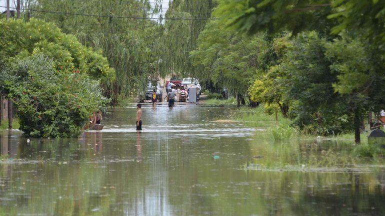 Concordia: si siguen las crecidas podrían evacuar a 20.000 personas
