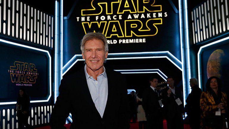 Harrison Ford durante la premier de la película que lo tiene nuevamente como ese pícaro contrabandista.