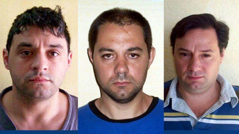 Los prófugos:Víctor Schillaci y los hermanos Martín y Cristian Lanatta.