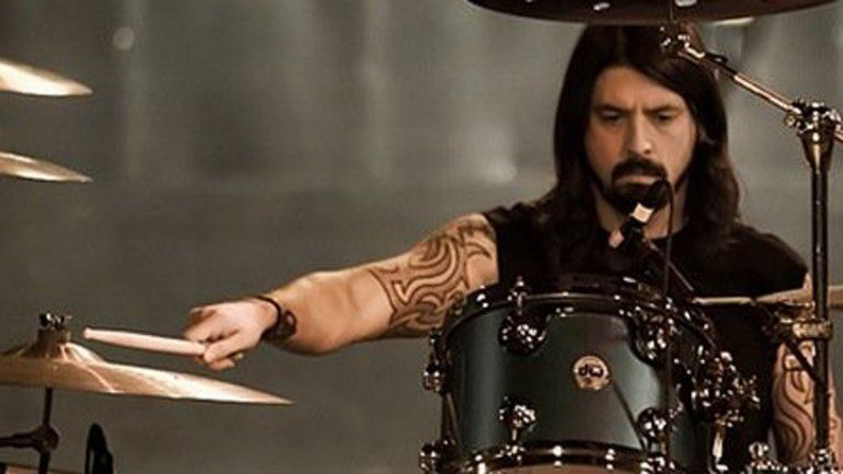 Los rumores indican que Dave Grohl sería el baterista invitado para el gran regreso de los Guns n Roses.
