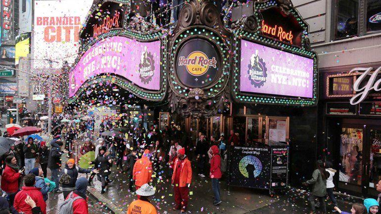 En Times Square empezaron ayer a festejar