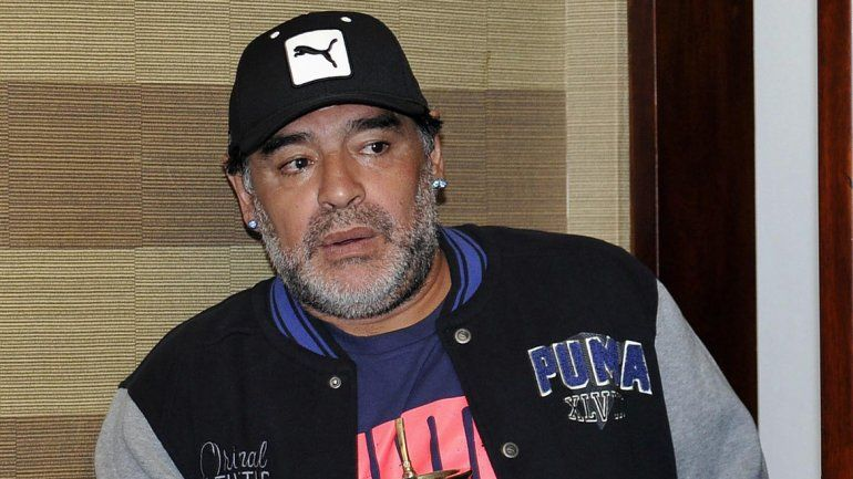 Maradona anuló el testamento que beneficiaba a Dalma y Gianinna