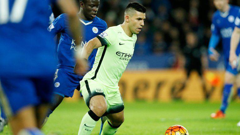 El delantero del City ya palpita su vuelta y hasta se le ocurrió fantasear con traer a Messi a Independiente.
