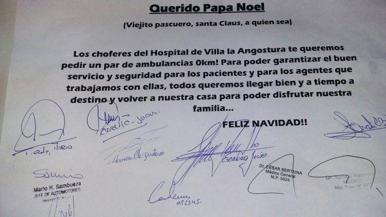 En el hospital, le pidieron a Papá Noel que les traiga una ambulancia
