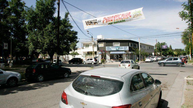 En Centenario todavía se puede vender pirotecnia.