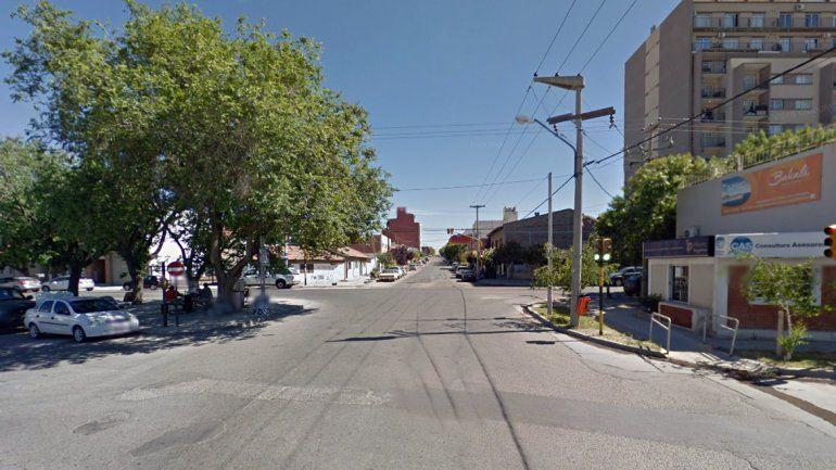 Calle Entre Ríos casi Islas Malvinas.
