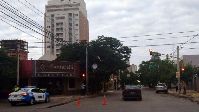 El accidente se registró poco antes de las 7 en la esquina de Entre Ríos y Rivadavia.