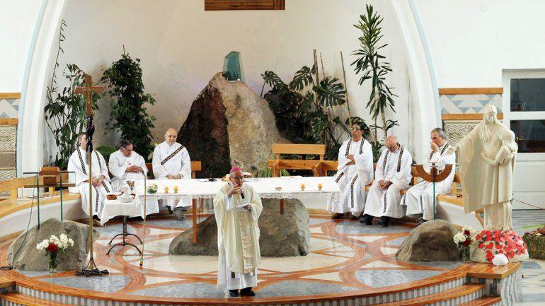 La ceremonia tuvo lugar en la iglesia de Junín de los Andes.