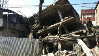 Diez muertos por terremoto en la India y Bangladesh