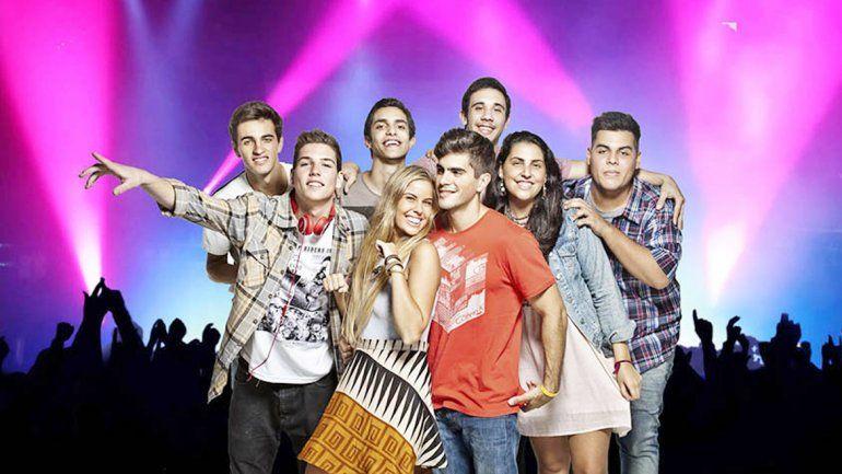 Rombai surgió en 2014 de un grupo de estudiantes de medicina de Uruguay. El tema Locuras contigo los lanzó a la fama.