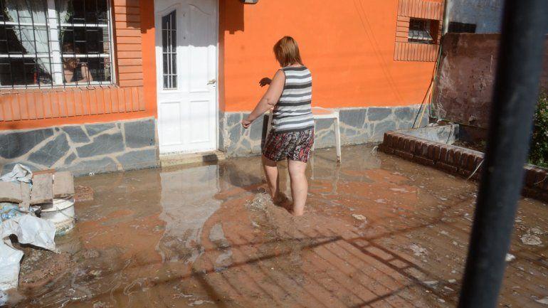 El agua se metió a las viviendas.
