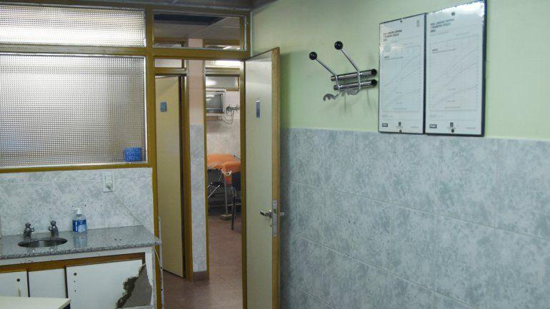 La caída del cielorraso fue en dos consultorios de Pediatría del Castro Rendón.