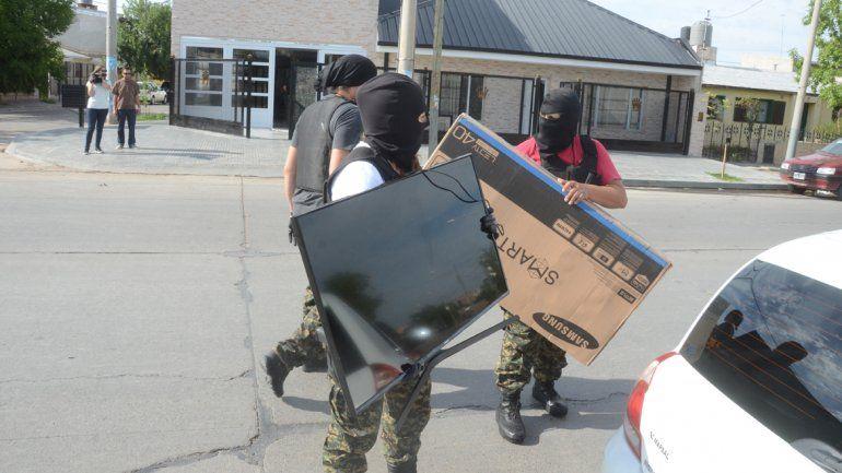 Lo engañaron con la venta de un camión y le sacaron unos 160 mil pesos y dos televisores led