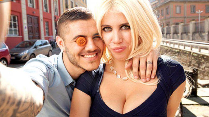 Mauro junto a su mujer y representante