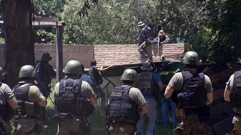 Las fuerzas de seguridad combinadas revisaron casa por casa