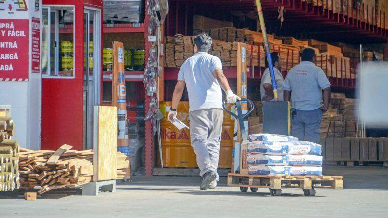 Los materiales de construcción siguen teniendo una fuerte demanda en la ciudad de Neuquén.
