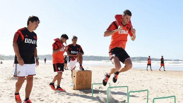 El entrenador tuvo que viajar de urgencia a Buenos Aires.