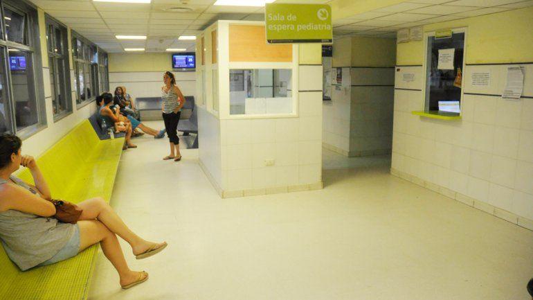 La niña fue derivada y quedó internada en el Hospital Castro Rendón.