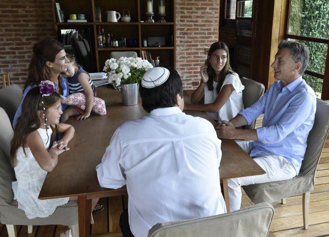 Macri recibió a las hijas del fiscal Nisman