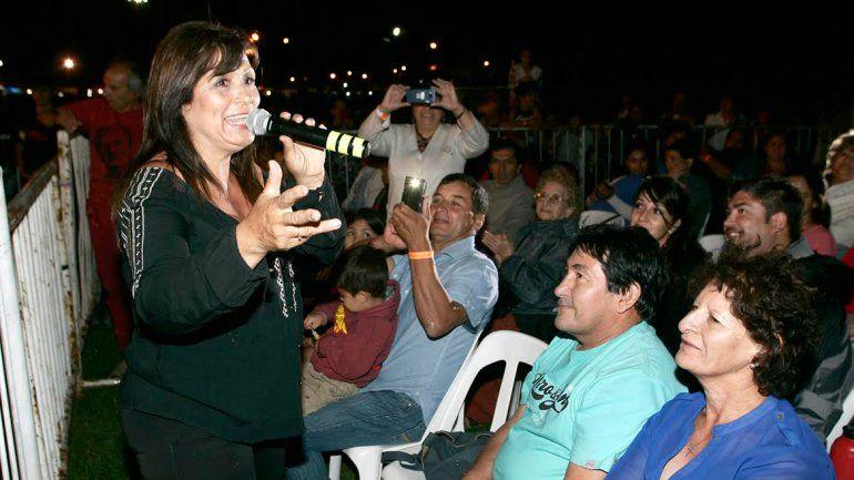 Marité Berbel se subió al escenario en la segunda noche de festejos.