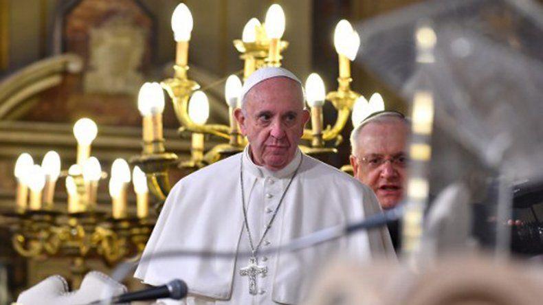 El Papa Francisco condenó la violencia en nombre de Dios
