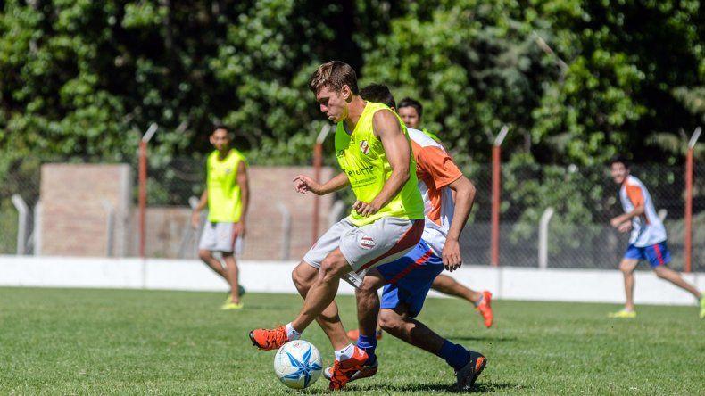 Independiente de Neuquén arrancó la pretemporada con un amistoso