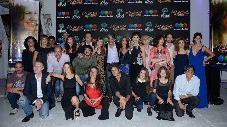 La leona cuenta con un elenco de 27 actores