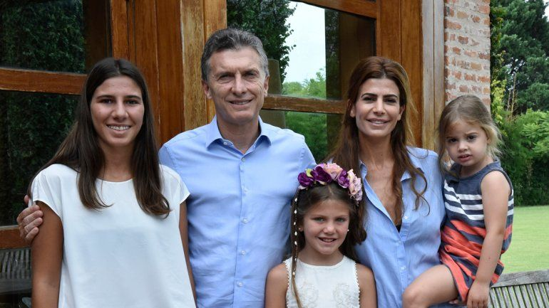 El Presidente junto a su esposa