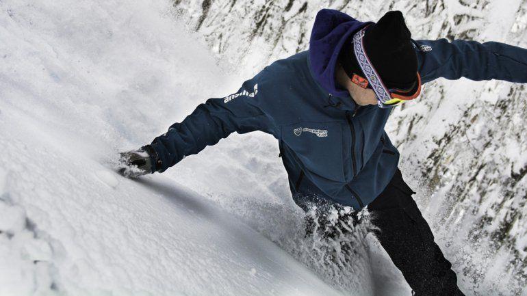 Deportista sanmartinense se destaca en las pistas de nieve de Italia