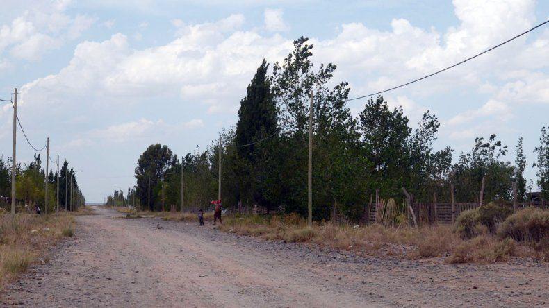 La calle de acceso a la vivienda.