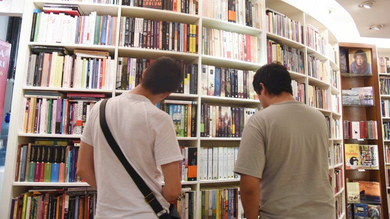 Los libros elegidos por los neuquinos para pasar el calor