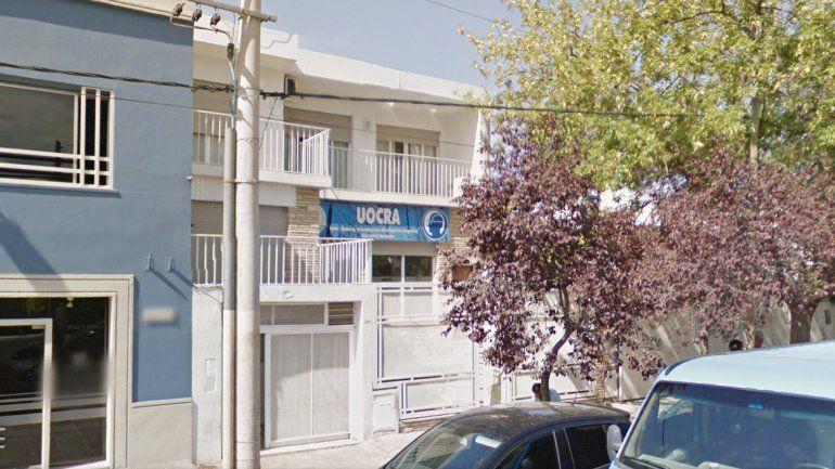 La sede de la UOCRA a la que pertenecen los dirigentes denunciados. Al lado