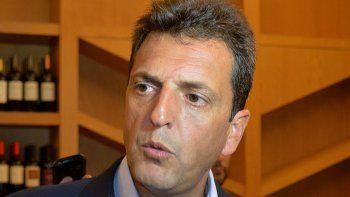 massa: macri tiene que dejar de gobernar improvisando