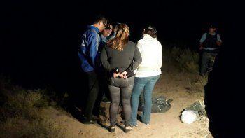 La fiscal Gloria Lucero estuvo presente en el lugar del hallazgo y supervisó los rastrillajes que se hicieron durante las últimas horas del domingo.
