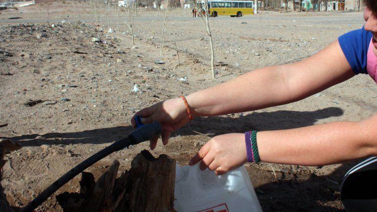 Aseguran que se normalizó la provisión de agua en Toma Norte