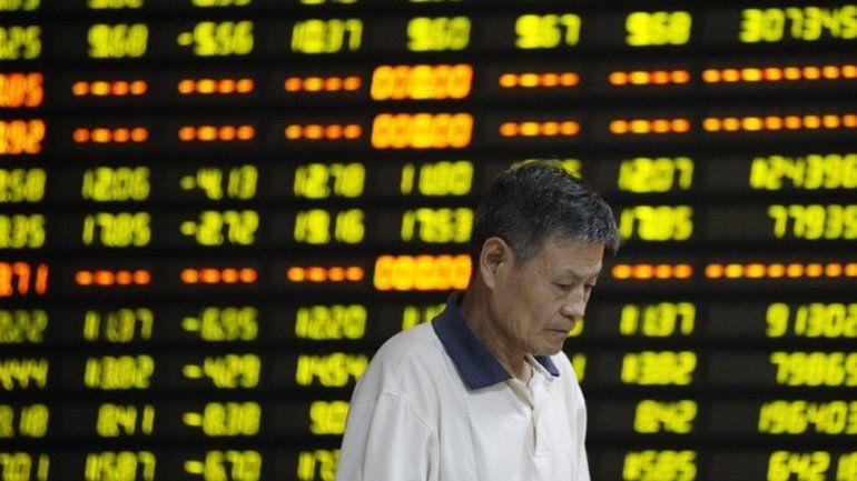 El derrumbe del petróleo vuelve a hundir las bolsas mundiales