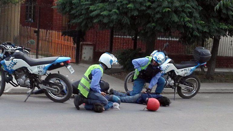 Detuvieron a dos motochorros que quisieron asaltar a una pareja