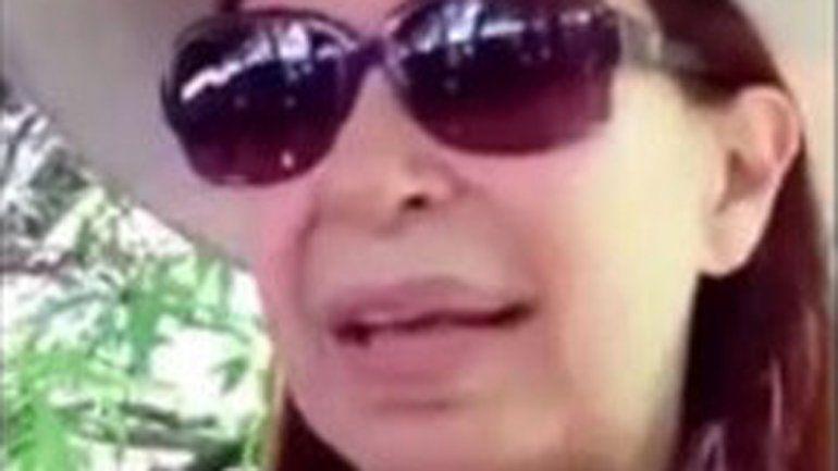 Cristina habló con la gente y el video fue subido a Youtube.