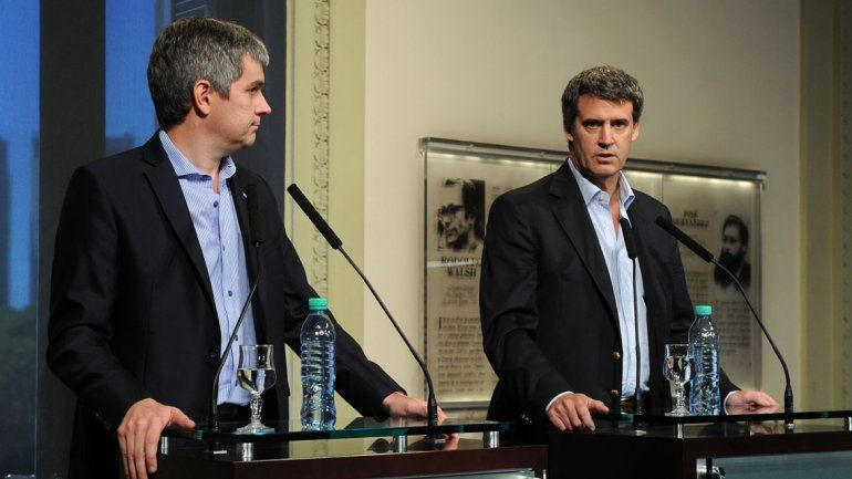 Peña: El Gobierno no le va a poner techo a las paritarias